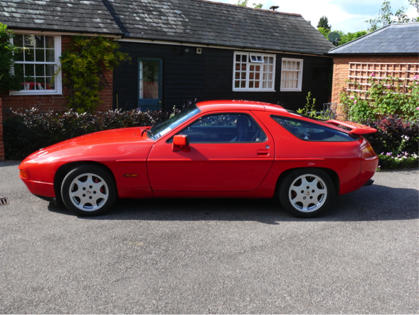 Guards Red 1988 Porsche 928 S4 SE